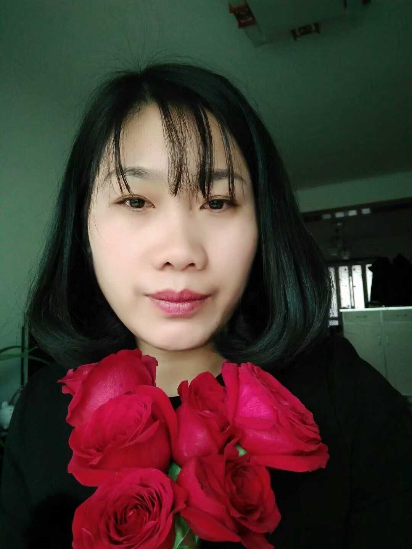 白荣丽的照片